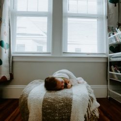 How to Decorate A Baby Room?