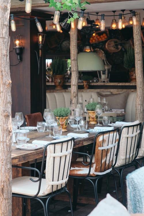 Interior Décor: Captivating Ideas for A Dining Room